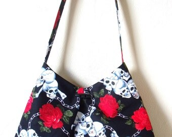 Skulls & Roses Shoulder Bag / Purse Black Cotton White Skulls and Red Roses / chains /Tattoo Gothic Rockabilly fabric HandBag / Bag / Purse
