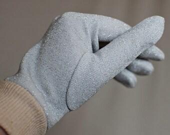 SALE 50% off! Vintage 80s/1980s silver glitter metallic white gloves ribbed  Size medium