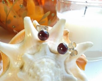 Sterling Silver 5mm Garnet Cabochon Post Stud Earrings
