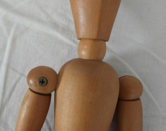 Wooden art dummy