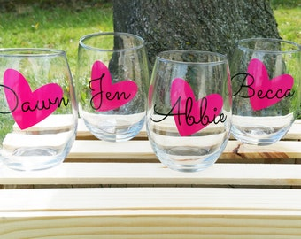 5 Personalized Wine Glasses, Personalized Bachelorette Glasses, Bachelorette Party Wine Glass, Girls Night Out