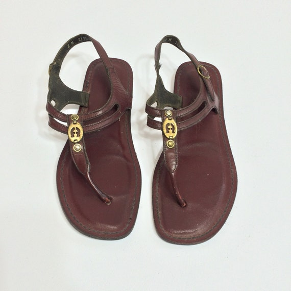 70s Leather Thong Strap Sandals Size 8 Etienne Aigner Low Heel