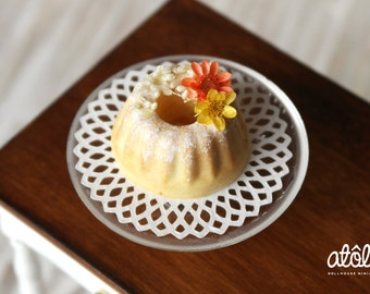 1:4 Decorated Flower Cake for BJD Dolls (Orange)