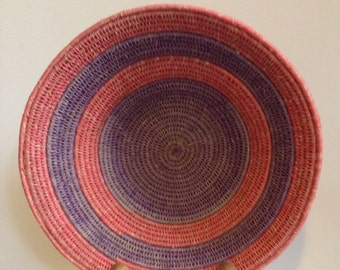 Hand Woven Sisal Basket/Circle - Red/Blue