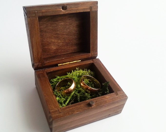 Woodland wedding Wedding rings box/engagement ring box, wedding pillow rustic looking old vintage rustic wedding moss