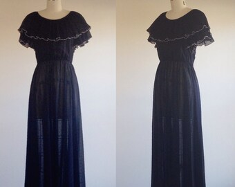 Black maxi dress- Floor length gown- Black gown- Dress with sparkles- 1970s dress- Ruffle collar dress- Vintage black maxi- Small