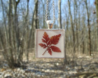 Real leaf necklace - Red Herb Robert leaf - Pressed autumn leaf jewelry - Botanical - Nature inspired necklace - Square silver pendant
