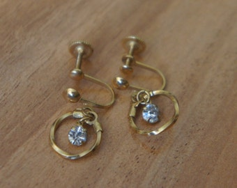 Jewelry Vintage Earrings  Gold Aurora Borealis White Screw Back Drop Part Ring  Holiday L-014
