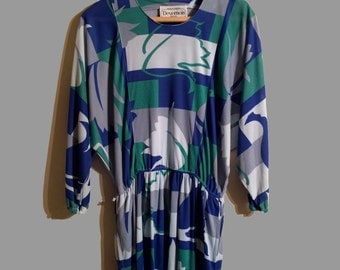 Vintage Batwing Dress with Geometric Pattern (S/M) Green, Blue and Grey - Devernois