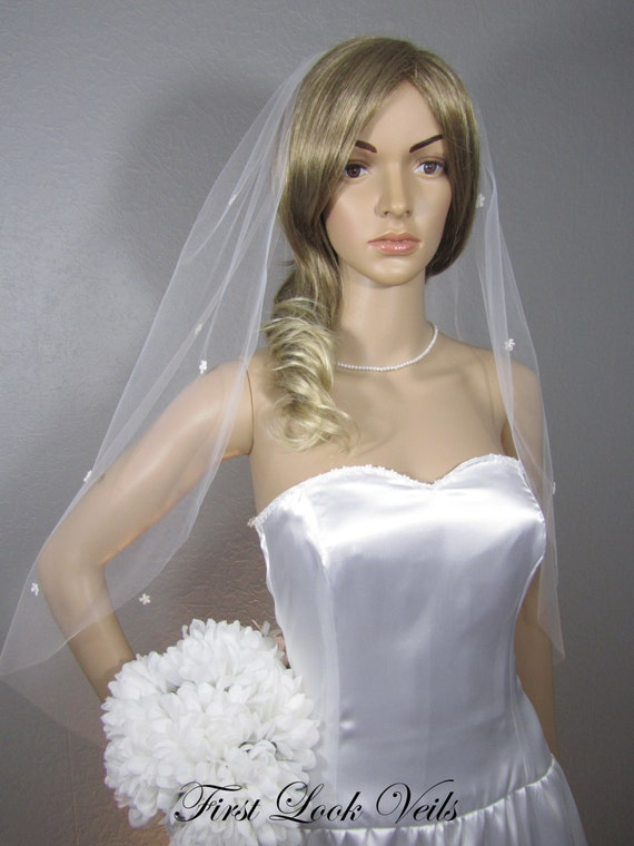 Lace Wedding Veil, White Bridal Veil, Hip Veil, Floral Veil, glass beads, Wedding Vail, Bridal Attire, Bridal Accessory, Bridal Accessories