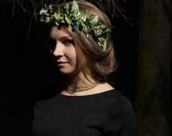 Green leaf crown Olive leaf hair wreath  Leaf crown   Leaf tiara  Hair accessories  Headpiece  Festival  Woodland bridal crown