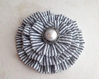 Black Seersucker Flower Hair Clip.Black Seersucker Brooch.Black & White Seersucker Flower.Stripes.Seersucker headpiece.Seersucker Hair piece