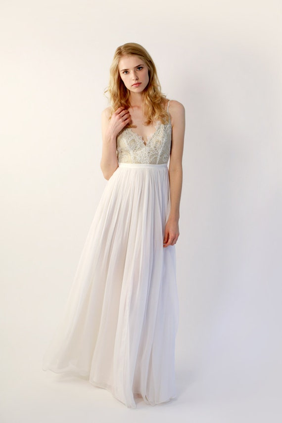 Sample Sale - Chiffon and Lace V-Neck Wedding Gown - Maisey