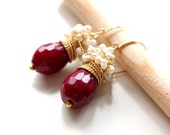 The Ruby red earrings  - fresh earrings with big faceted Jade and white sea pearls