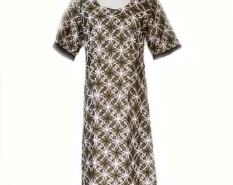 Kathleen Derry Dress 50s Sheath Dress Embroidered Sz M 30 Inch Waist