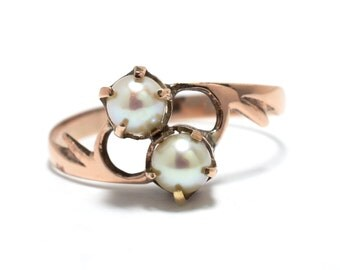 Victorian 10K Rose Gold Twin Pearl Ring - Size 8