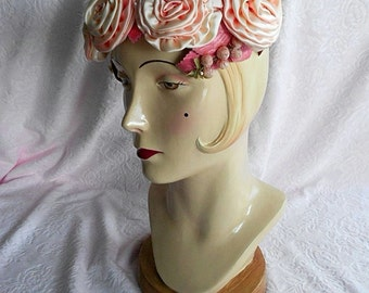 Vintage PINK ROSE HAT Flapper Lady Girl Satin Ruffle Flowers Grapes Millinery Church Ladies Velvet Fabric Frame Dress Crown Cap Floral 1940s