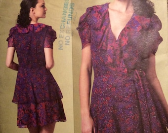 Vogue American Designer Sewing Pattern Anna Sui Flounced Ruffled Wrap Dress Size 6-8-10-12 201o