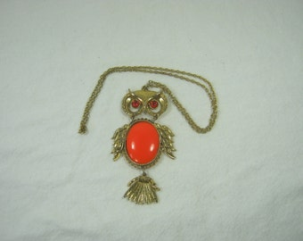 Vintage RETICULATED OWL NECKLACE Orange Glass Stones Antiqued Gold