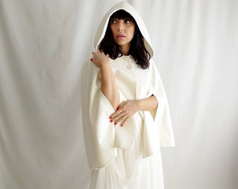 Winter wedding cape, white cape, wool cape, white wedding cape, wedding capelet, fairy tale cape coat, white wool cape