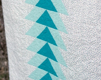 Northward Bound in Turquoise - Organic Cotton Quilt