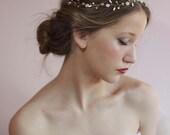 Wedding Hair Vine,Bridal Hair Accessories,Beaded Pearl Piece,Gold Flower Crown,Floral Twig Headpiece,Bride Head Wrap,Wedding Forehead Band