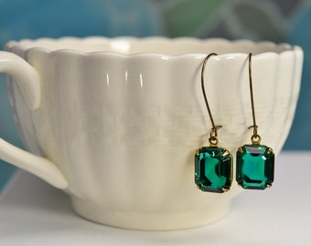 Emerald Earrings, Green Rhinestone Dangle Earrings, Antiqued Brass Glass Emerald Cut Earrings, May Birthstone, Boho Square Earrings, E1365