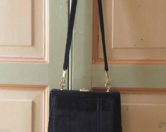 Vintage Italian 1940s black velvet purse shoulder bag made in italy
