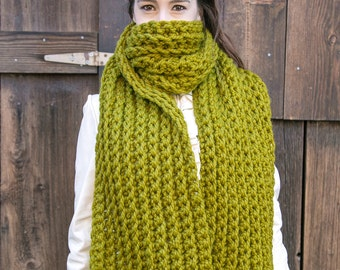 Oversize Chunky Scarf . Wool Blanket Scarf . Huge Knit Scarf . Extra Wide Scarf . THE AMELIE in Kiwi