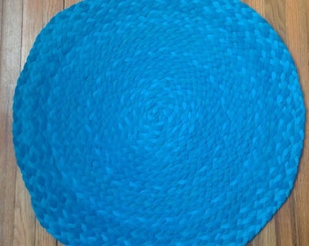 Braided Round Rug, Hand Braided using Upcycled Tshirts - Perfect size for Kitchen or Bath