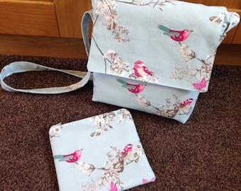 Across body bag & matching cosmetic bag