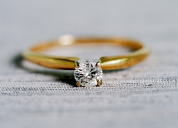 1960 s Vintage Engagement Ring Soilitaire Classic Setting