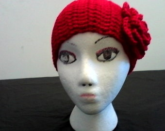 Double crochet headband tapered in back no buttons.