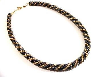 Fab Gold Gunmetal Metallic Beads Crocheted Rope Collar Necklace STUNNING Jewelry for Women