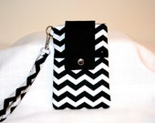 Black and /White Chevron Cell Phone Bag Wristlet or Cross Body Bag iPhone 6, 6 Plus Bag, MP3 Player Bag or iPod Bag