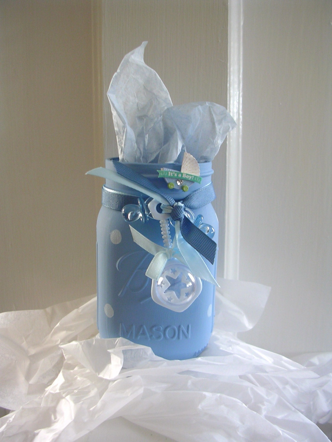 Baby boy painted mason jars it 39 s a boy gifts baby for Baby gift decoration ideas