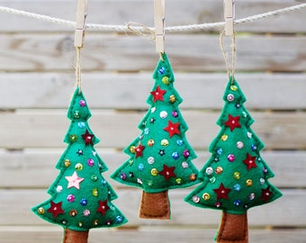 Holiday ornament , Set of 4pcs handmade felt Christmas trees , Xmas gift