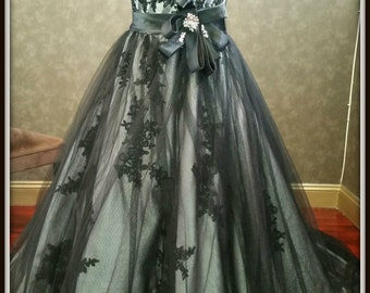 Gorgeous Silver and Black Wedding Dress Gothic Bridal Gown Gray