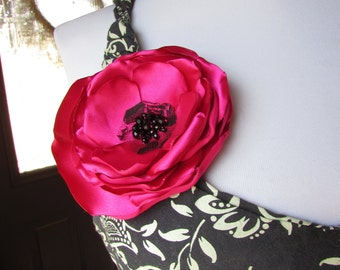 "Large Pink Silk Flower Pin, Fabric Pink Flower Brooch, 4"" Floral Brooches, Fuschia Womens Pin on Flowers for Dress, Black Beaded Broach,"
