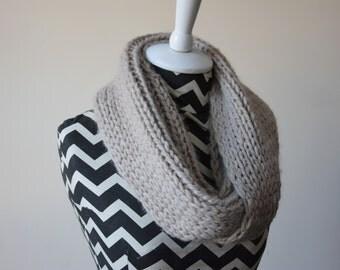 Baby Alpaca Knit Infinity Scarf in Beige / Cream Baby Alpaca Cowl / Chunky Infinity Scarf Free US Shipping