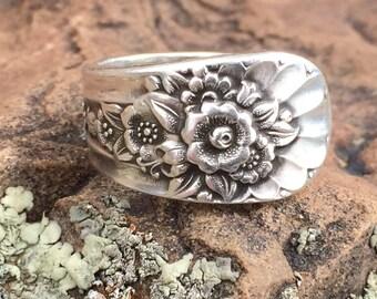 Silverware handle ring, Spoon ring, Silverware jewelry, Flatware jewelry, Antique silverware