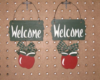 Welcome Sign with Apple