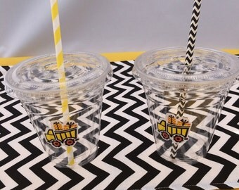 Construction Cups with lids and straws: Dump Truck Theme Plastic Drink Cups with lids and straws
