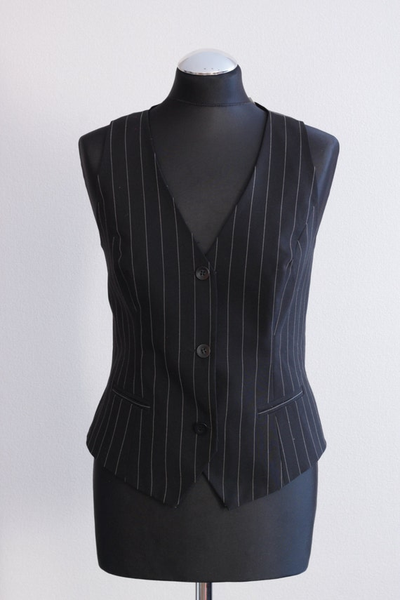 Our collection of womens vests includes a variety of styles, from leather vests for style to hydration vests. Find your Harley-Davidson vests today.