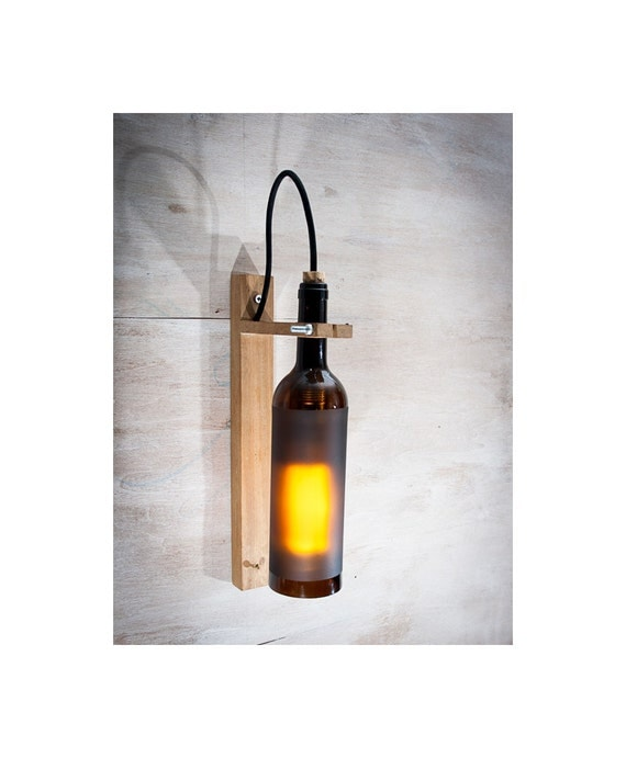 Recycled wine bottle wall sconce wine gift wood lamp bar - Como hacer lamparas con botellas de vidrio ...