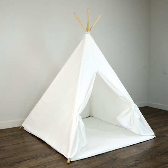 kinder spiel tipi zelt und play mat in solid reiner wei er. Black Bedroom Furniture Sets. Home Design Ideas