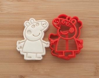 Peppa Pig. Cookie cutters. Gingerbread, fondant, cookies. Peppa Pig cartoon.