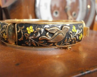 nice vintage bangle with birds and flowers, handpainted