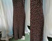 91--Timeless vintage dress--Size 14-Womens fashion-Red flowers on black-Sleeveless-maxi-Retro-Hippie-Boho-Long-Second hand