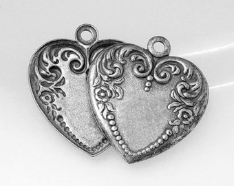 4pcs--Heart, Metal Stampings, Antique Silver, 26x23mm (B34-16)